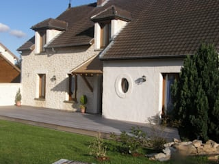 Murs Anciens: Maisons de style  par Habitat et Tradtions