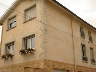 Murs Anciens Maisons rustiques par Habitat et Tradtions Rustique