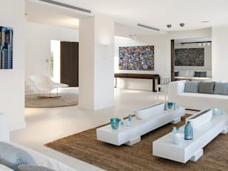 Minimalist living room by GSI Interior Design & Manufacture Minimalist