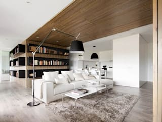 Media room by GSI Interior Design & Manufacture