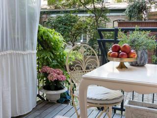 Carlo Berlin Architektur & Interior Design Balcones y terrazas clásicos de Pamela Kilcoyne - Homify Clásico