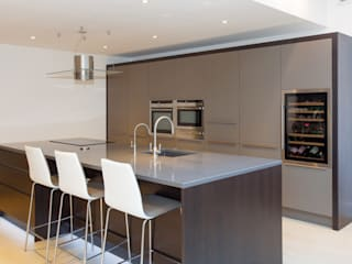 Toops Barn Dapur Modern Oleh Hampshire Design Consultancy Ltd. Modern