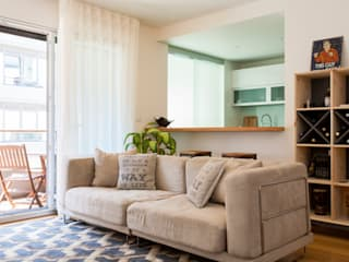 Traço Magenta - Design de Interiores Modern living room Wood Beige