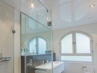 Spanndecke - Bad Duschkabine Moderne Badezimmer von Mettner Raumdesign Modern