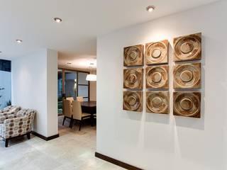Casa 01 Casas minimalistas de Besana Studio Minimalista