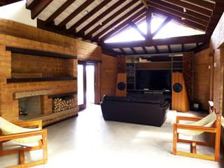 Salas de estilo rústico de Baixo Impacto Arquitetura Ltda. Rústico