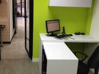 OFICINA SIESCOM, C.A. DEKOR BARQUISIMETO Oficinas de estilo moderno