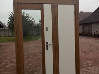Drzwi MODERN Nowoczesne okna i drzwi od Revia Meble i drzwi z litego dębu. Nowoczesny