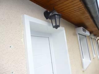 Menuiseries extérieures PVC Fenêtres & Portes classiques par Améko Classique