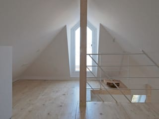 Dachausbau Architekt Armin Hägele Moderner Multimedia-Raum