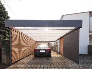 Carport:  Garage & Schuppen von Architekt Armin Hägele