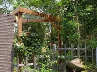 艸木/SOUMOKU Jardines de estilo ecléctico Piedra Multicolor