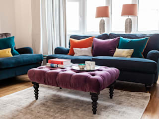 Colourful Eclectic London Sitting Room by Lauren Gilberthorpe Interiors Еклектичний
