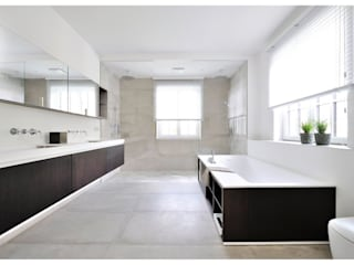 Modern style bathrooms by Heerwagen Design Consulting Modern