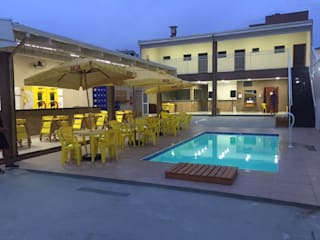 Casa de Lazer - Unibar: Piscinas  por A&F Arquitetura e Construção,Moderno