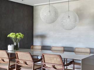 Ruang Makan Modern Oleh Studio Eloy e Freitas Arquitetura e Interiores Modern