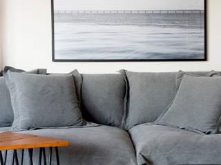 Modern media room by Studio Eloy e Freitas Arquitetura e Interiores Modern