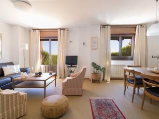 Salas de estar escandinavas por Become a Home Escandinavo