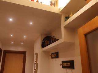 Progetto France Ingresso, Corridoio & Scale in stile moderno di La Gigiotta Moderno