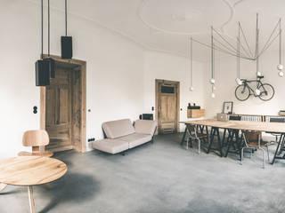 Atelier umbau GANTlights Minimalistische Geschäftsräume & Stores von GANTlights Minimalistisch
