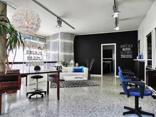 Oficinas y bibliotecas de estilo ecléctico de Boite Maison Ecléctico