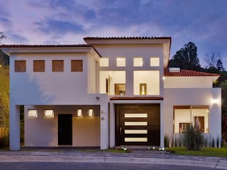 Colonial style house by Excelencia en Diseño Colonial Bricks
