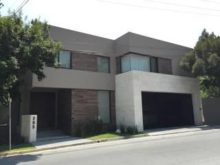 Casa Chipinque: Casas de estilo  por BM Arquitectos