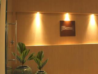 Escritório  de negócios imobiliários : Espaços comerciais  por Arquitetura Juliana Fabrizzi