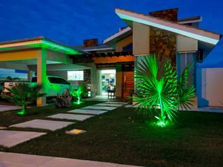Casas  por Daniele Galante Arquitetura, Moderno