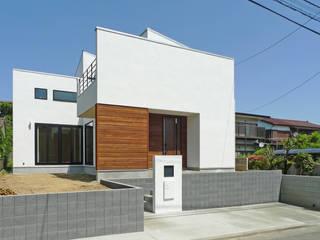 洋光台の家 OARK一級建築士事務所 モダンな 家 白色