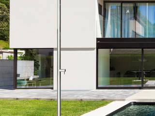 Die neue FONTEALTA-Kollektion: SKINNY und CLASSY: modern  von Fontealta,Modern
