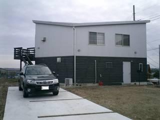 i_house tai_tai STUDIO ラスティックな 家