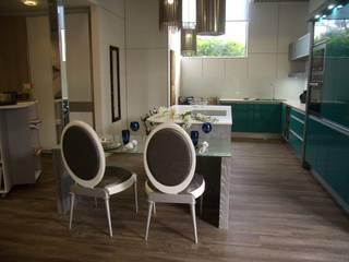 Cozinha por IRMÃOS LEÇA DE FREITAS, LDA Moderno