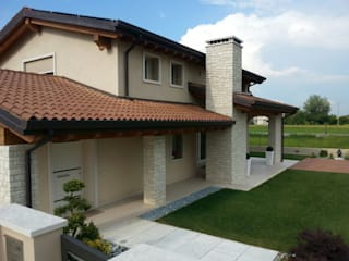 Casas de estilo clásico de Architetti Baggio Clásico