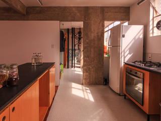 reforma n.a. Cozinhas modernas por Pianca + Urano Moderno
