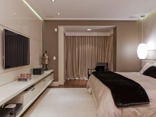 Ana Bartira Arquitetura de Interiores e Hotelaria: Quartos  por Ana Bartira Brancante  Arquitetura de Interiores e Hotelaria ,Moderno