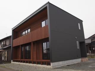 ゲートハウス#1: 有限会社イデアクラフト一級建築士事務所が手掛けた現代のです。,モダン