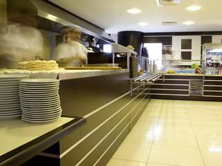 5K MİMARLIK – Dünya Ticaret Merkezi Şirnazım Restaurant  /Yeşilköy /İstanbul:  tarz ,