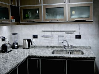 LDC Arquitectura Modern Kitchen Chipboard Black