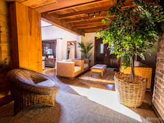 Hoteles de estilo  por DecoraPhotos - RHSPhotos