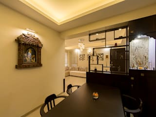 Display Unit along with Puja nook:  Dining room by Navmiti Designs