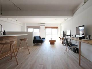 otokonoshiro Minimalist living room by nuリノベーション Minimalist