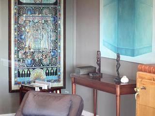 ADOSADO BARCELONA Salones de estilo clásico de Tinda´s Project S.L. Clásico
