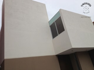 Casas de estilo minimalista de La Maquiladora / taller de ideas Minimalista