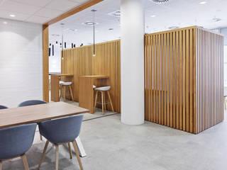 City view Gemeente Den Haag Moderne kantoorgebouwen van MennOntwerpt Modern