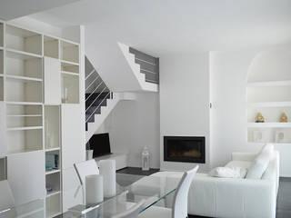 Salas de estilo moderno de Studio di Architettura Ortu Pillola e Associati Moderno