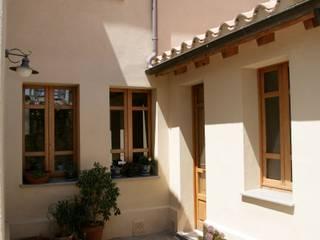 Casa in terra cruda Giardino in stile mediterraneo di Studio di Architettura Ortu Pillola e Associati Mediterraneo
