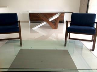 Departamento muestra Salones modernos de Interia Muebles Moderno