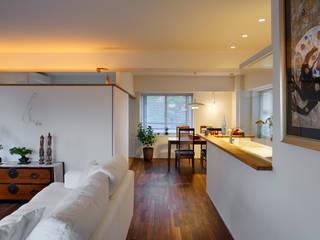 Ruang Keluarga Modern Oleh 向山建築設計事務所 Modern