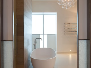 Bathroom: modern Bathroom by Laura Sole Interiors
